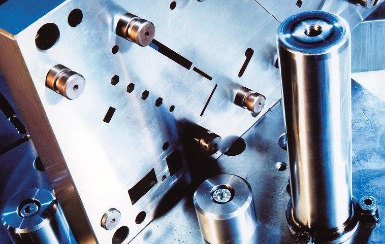 فولاد ابزار چیست